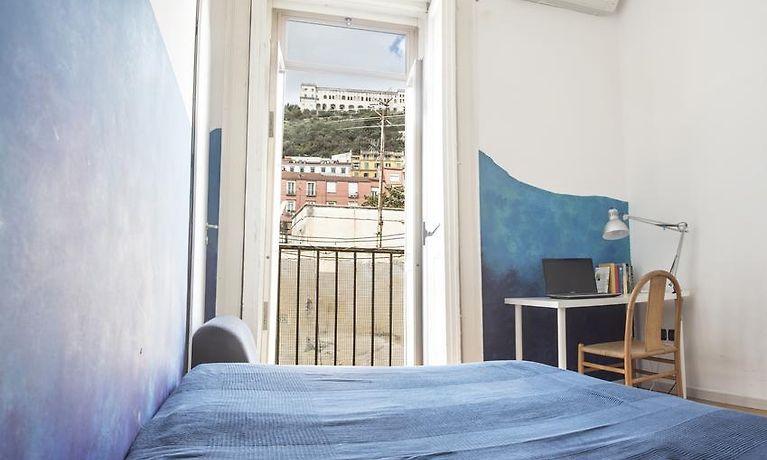 Hotel La Terrazza Sui Quartieri Naples